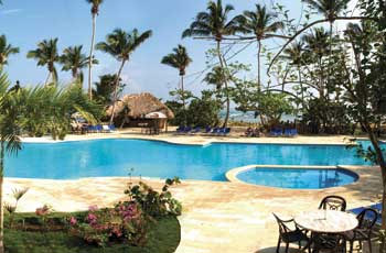 bahia-principe-el-portillo-pool