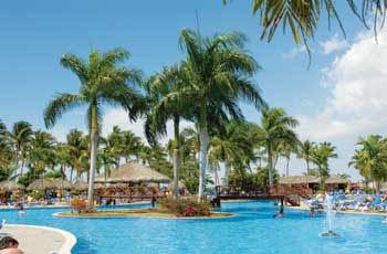santana-beach-resort