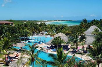 sol-cayo-coco-pool